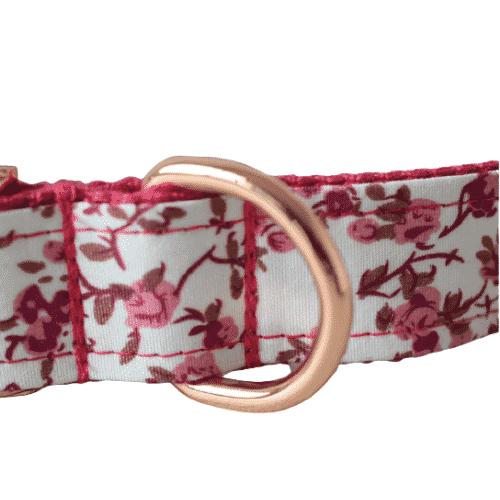 bouclerie métal rose collier pour chien