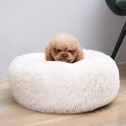 coussin tout doux pour chien blanc